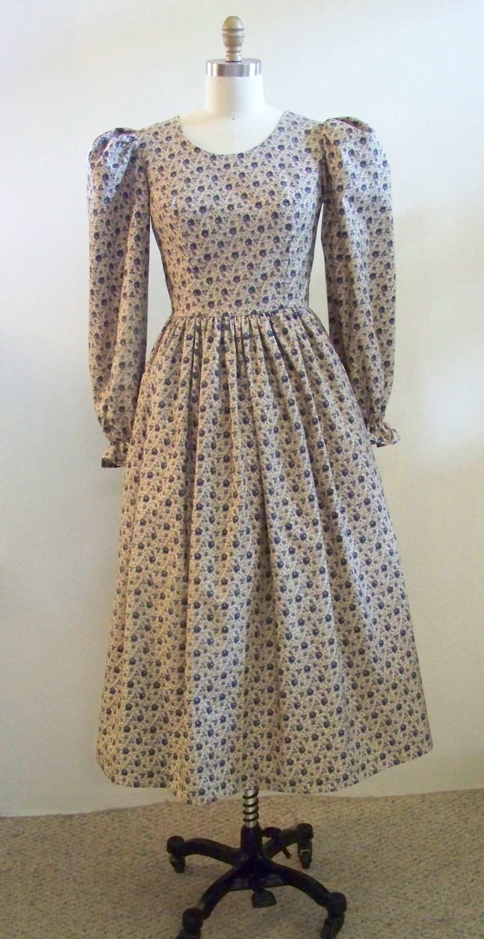 Prairie Dress With Petticoat